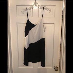 Parker Black White Dress Size Medium